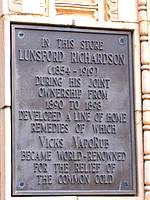 photo of a plaque to honor Lunsford Richardson the inventor of Vicks VapoRub
